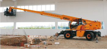 Telehandlers with rotation- construction range